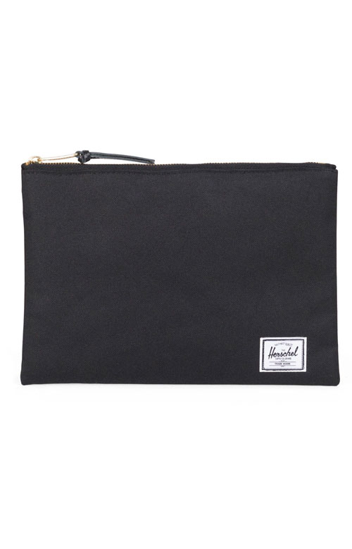 Network L Pouch - Black/Black Pull