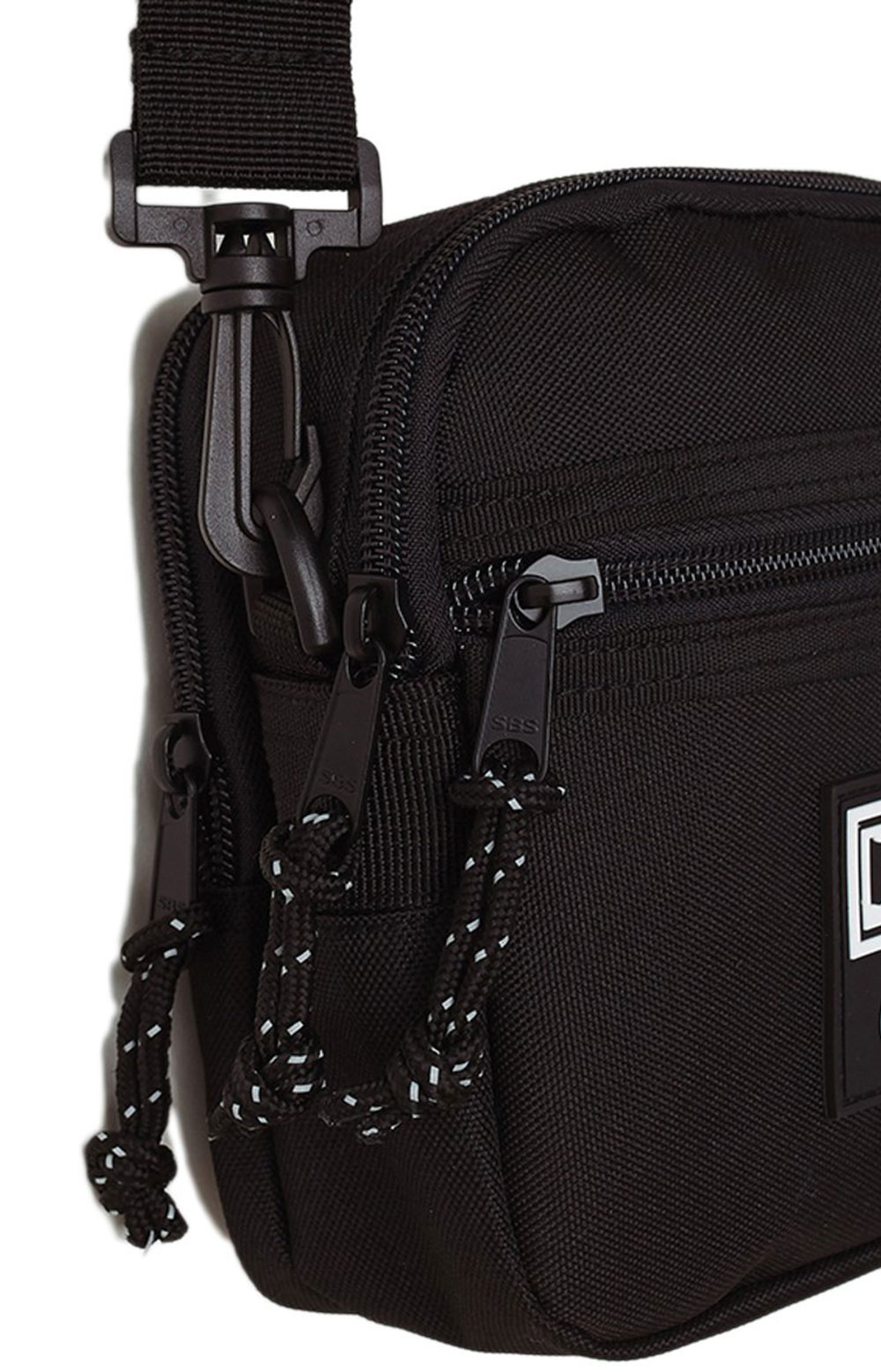 Conditions Traveler Bag III - Black  3