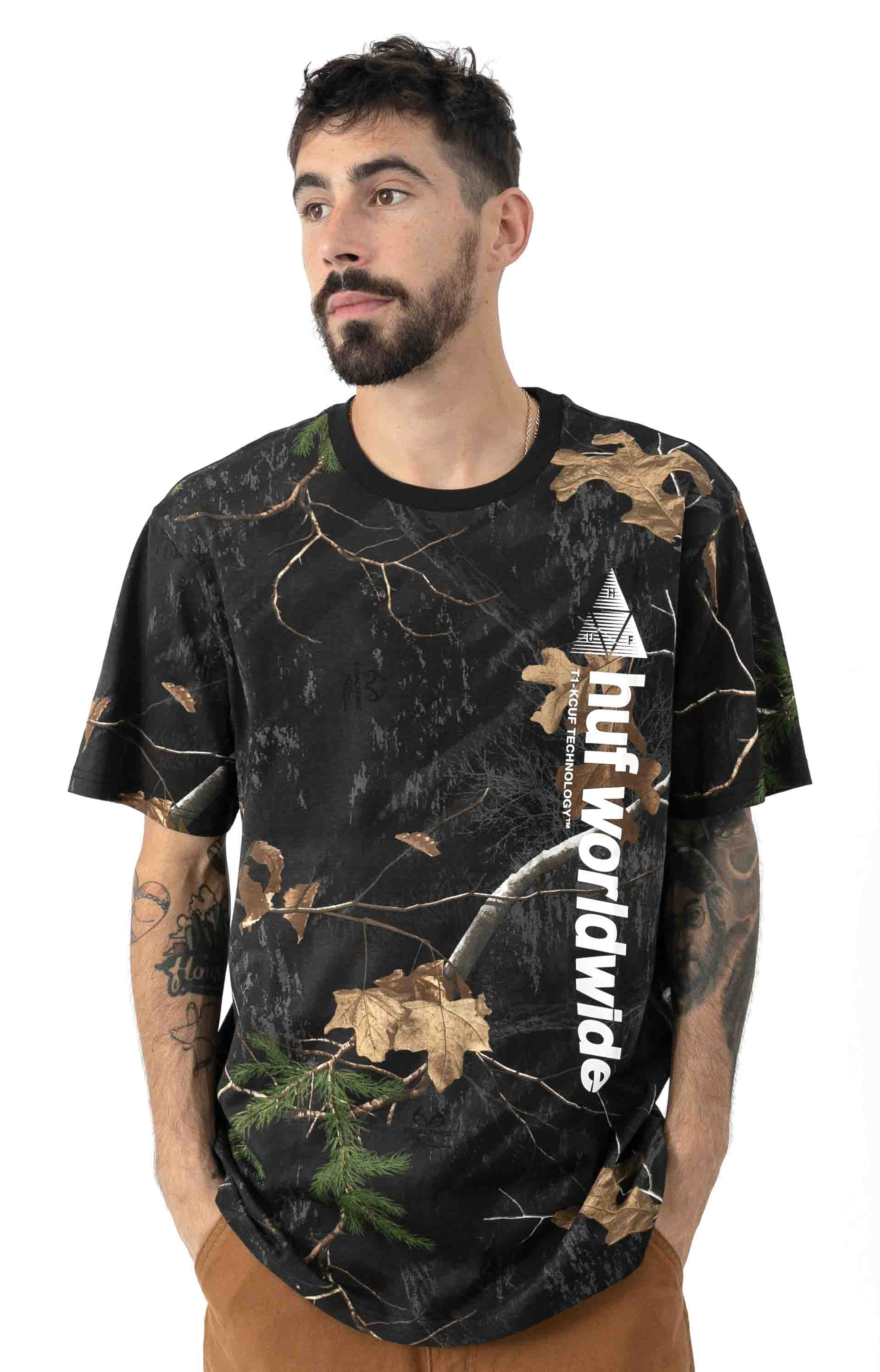 Realtree Peak Logo T-Shirt - Black