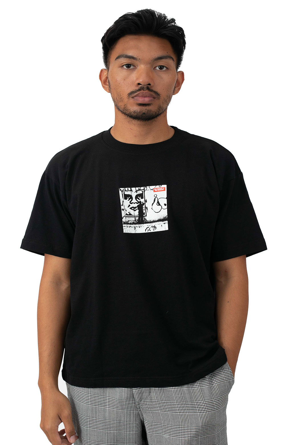 The Medium Is The Message T-Shirt - Black