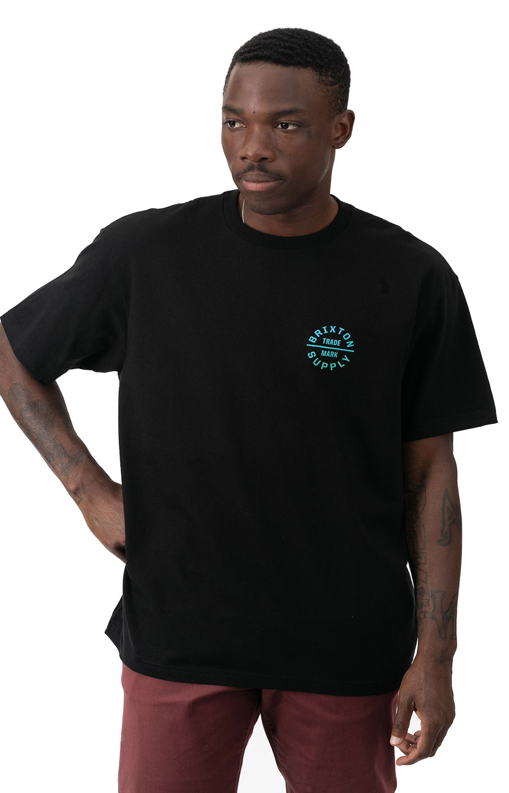 Oath V T-Shirt - Black/Gradient