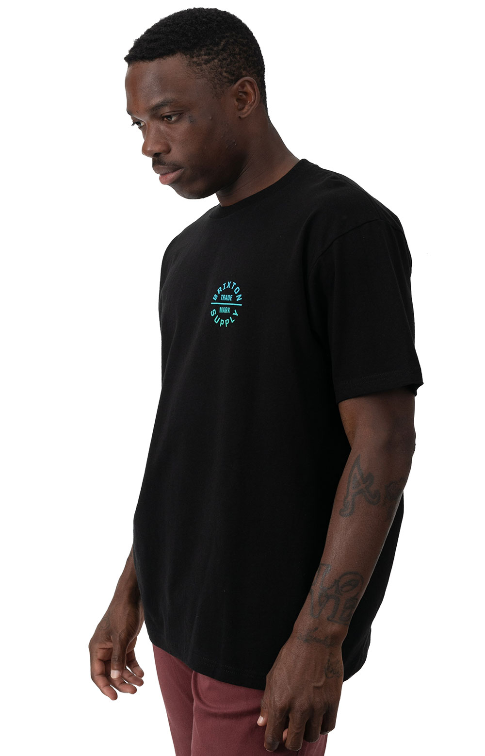 Oath V T-Shirt - Black/Gradient 2