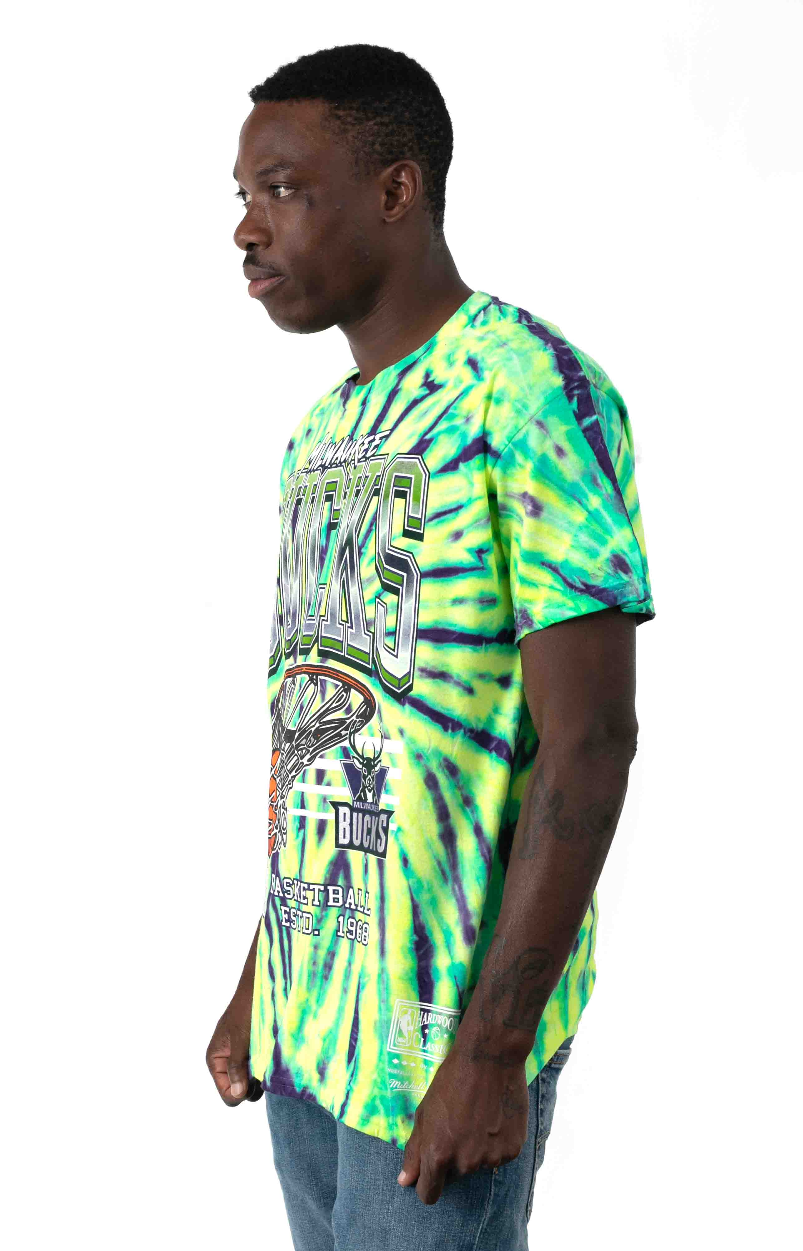 NBA Neon Swish T-Shirt - Bucks  2