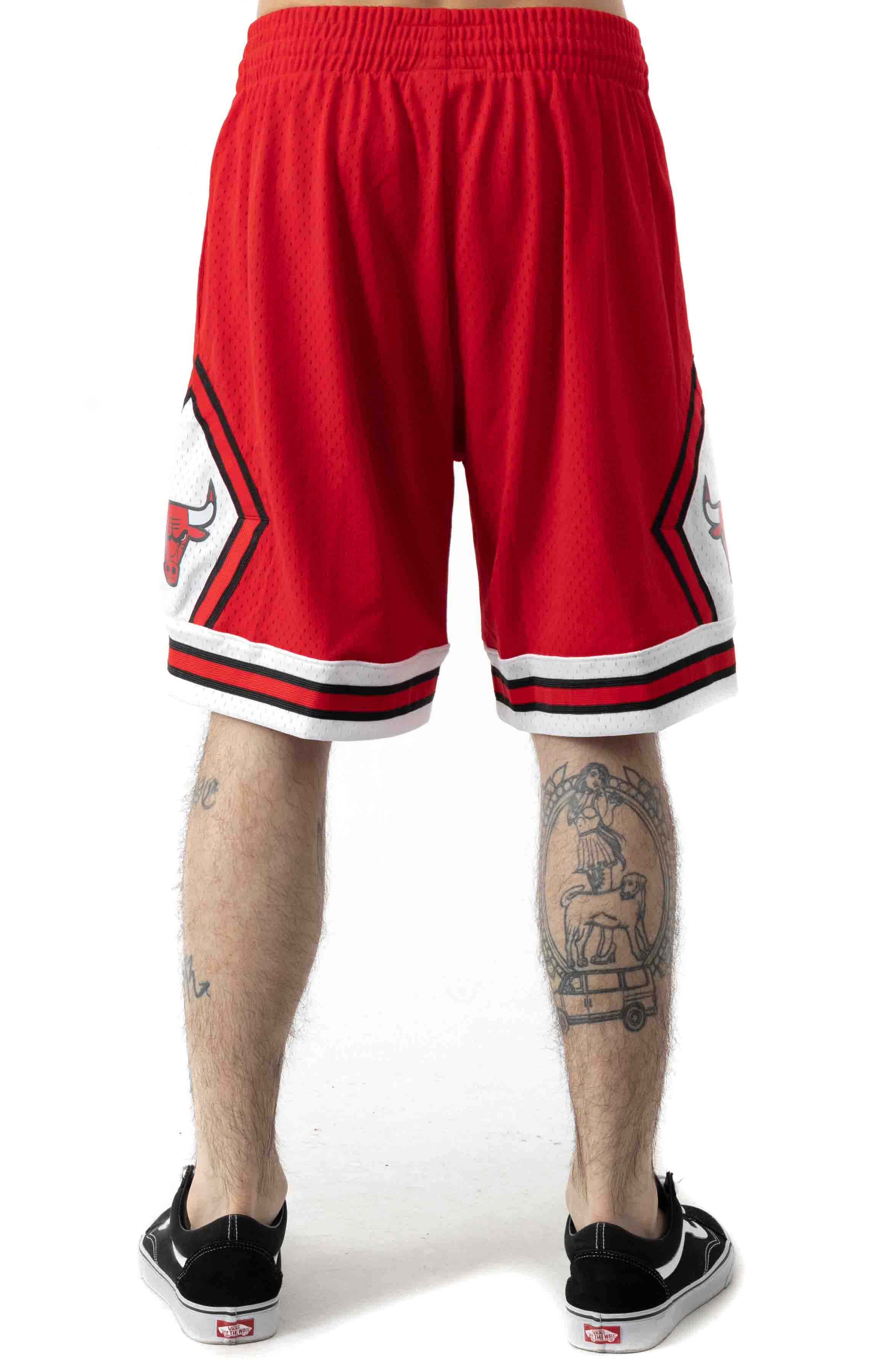 NBA Swingman Road Shorts - Bulls 97-98 3