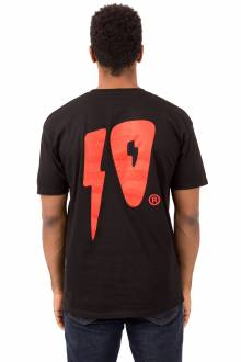10 Strikes T-Shirt - Black/Red