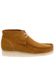Clarks Clothing, (26118562) Wallabee Boot - Bronze Suede