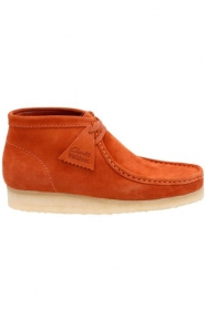 Clarks Clothing, (26118569) Wallabee Boot - Rust Vintage Suede