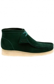 Clarks Clothing, (26122237) Wallabee Boot - Dark Green Suede