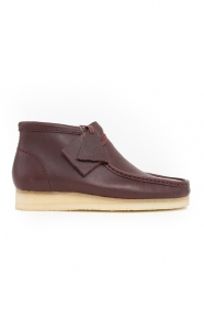 Clarks Clothing, (26125541) Wallabee Boot - Burgundy Tumble