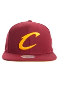 Mitchell & Ness Clothing, Cavs Solid Logo Champion Snap-Back Hat - Wine