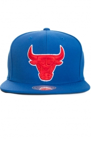 Mitchell & Ness Clothing, City Color Switch Snap-Back Hat - Bulls/Blue