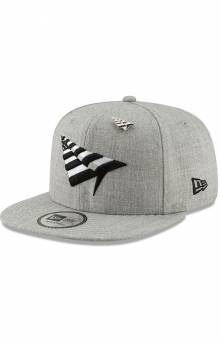 Grey Boy Crown Old School Snap-Back Hat - Grey