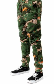 Pigeon Embroidered Sweatpant - Olive